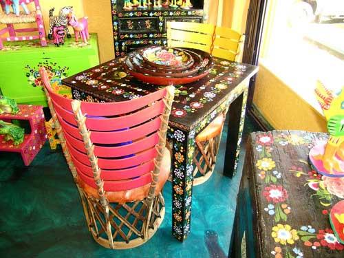 Pinta tus muebles con estilo mex recicla tus muebles - Muebles de colores pintados ...