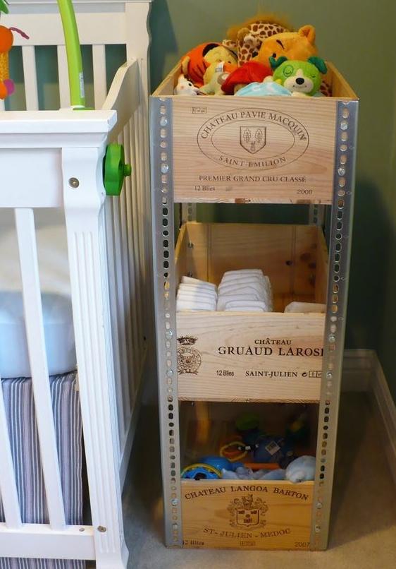 Estantes con cajas de vino recicla tus muebles for Estantes para vinos