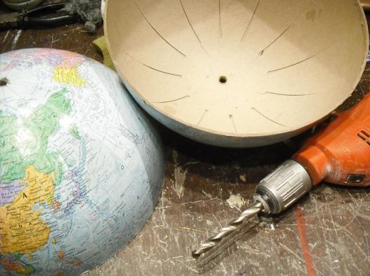 lampara-con-globo-terraqueo