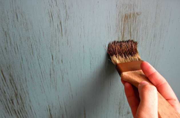 C mo elegir la brocha adecuada recicla tus muebles - Muebles naturales para pintar ...