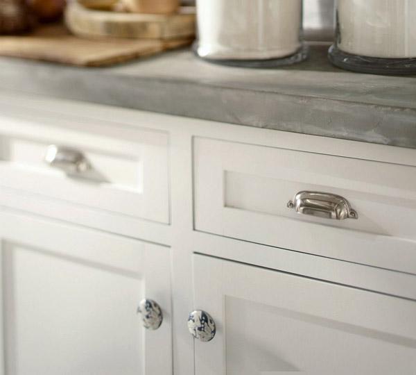 Tiradores Para Armarios De Cocina. Perfect Cocina Blanca Y Madera De ...