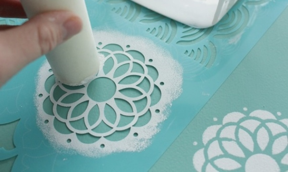 Chalk-Painted-Stenciled-Filing-Cabinet-stenciling-by-The-Happy-Housie