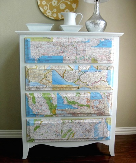 diy-decorating-with-maps-2