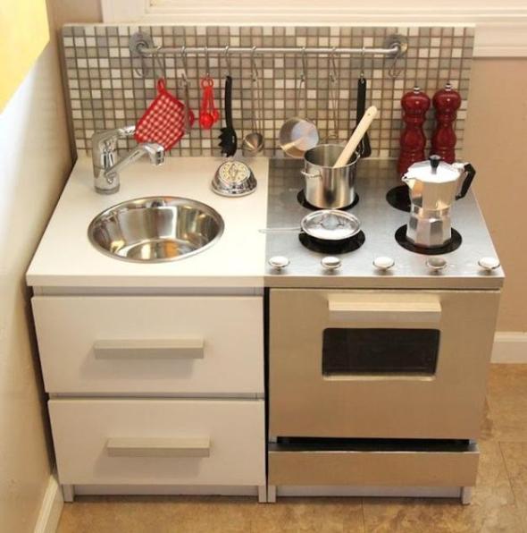 Cocinas de juguete con muebles reciclados recicla tus - Muebles de cocina reciclados ...
