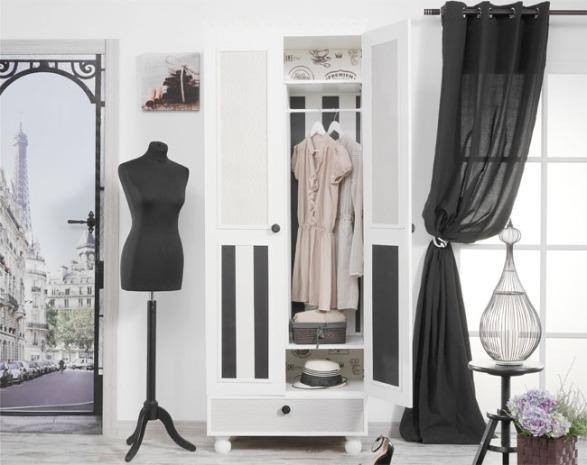 Decorar un armario con papel y molduras recicla tus muebles - Decorar armarios empotrados ...