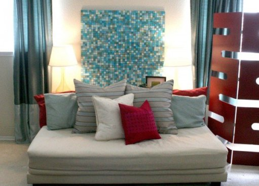 pottery-barn-inspired-mosaic-art-DIY-project-remodelaholic