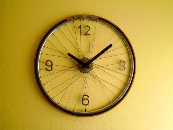 bike-parts-clock-01
