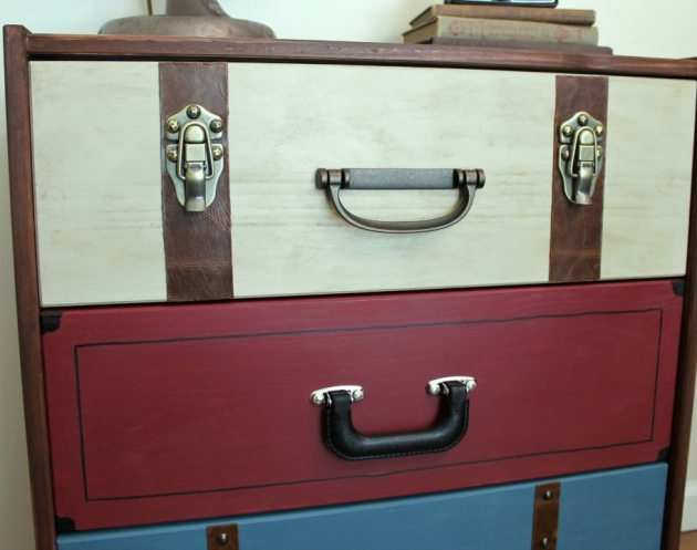 IMG_4690-suitcase-dresser-ikea-rast-hack-1024x787