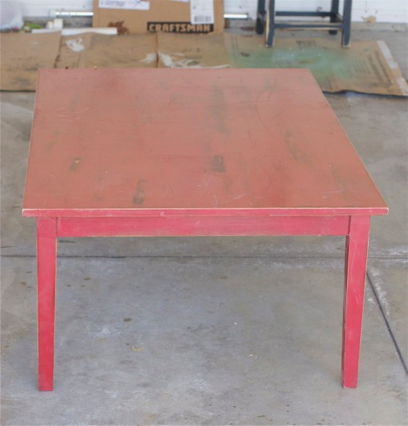 Stenciled-Coffee-Table-Before-offbeat-+-inspired-650x679