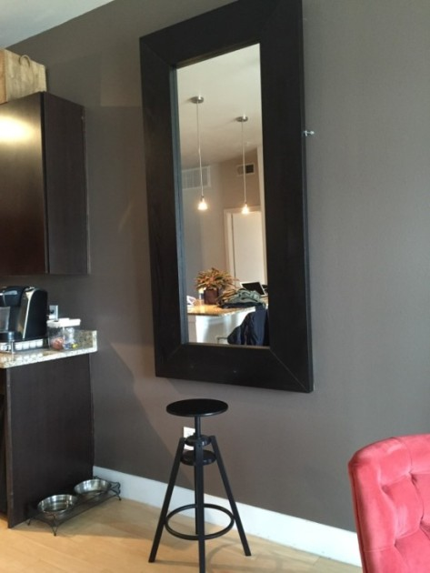 mirror1-550x733